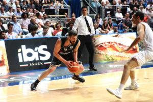 Ibis snack sponsor della Virtus Bologna di basket